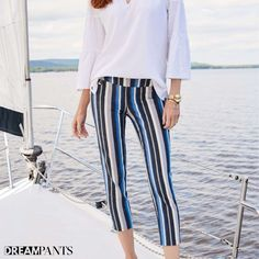 Your dream pants,Lisette L Pants flatten and flatter.They slim the abs,contours the hips and shape the behind. Wrinkle-free fabrics with genius construction Flatter Stomach, Blue Grey, Black And White, Rose Embroidery, Marine Blue, Ankle Pants, Paisley Print, Stripe Print, Fashion Pants