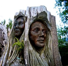 Maori carvings on the Abel Tasman Track, New Zealand Photo Writing Prompts, Inspirational Short Stories, Abel Tasman, Bay News, South Island, Life Images, New Zealand, Thriller, Statue