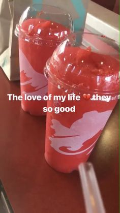 STRAWBERRY SKITTLES SLUSHIE FRIM TACO BELL THE LOVE OF MY LIFE💗💗💗💗💗💗💗💗💗💗💗💗💗💗💗💗💗💗💗💗💗💗💗 Fruity Drinks, Smoothie Drinks, Fun Drinks, Yummy Drinks, Taco Bell Snapchat, Food C, Junk Food, Love Food, Taco Bell Recipes