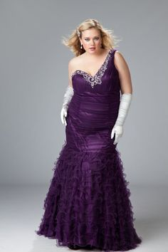 Mina will look fabulous in this!  Plus Size Sexy plus size evening gown image