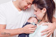 Pra começar muito bem este ano, trouxe pra vocês um post com cheirinho de bebê! Lembram do ensaio lindo da Livia e do Willian esperando o Guilherme (http://www.alebruny.com/livia-willian-guilherme)? Se fotografar o Gui na barriga da mamãe foi apaixonante, imaginem a … leia mais