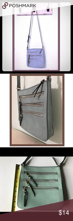 2774744a43 Shop Women s size OS Crossbody Bags at a discounted price at Poshmark.