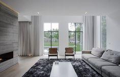 Minimalist Belgian Living room by Contekst - Photo: Nils Van Brabant