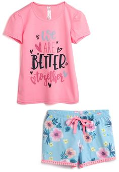 Kids Girls Tops, Shirts For Girls, Fashion Kids, Toddler Outfits, Kids Outfits, Cute Tshirt Designs, Jeddah, Children Clothes, Kids Prints