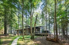 Tomahawk Lake Residence on Behance Modern Small House Design, Modern Lake House, Modern Bungalow House, Modern Mountain Home, Modern Contemporary Homes, Contemporary Cottage, Barn House Plans, New House Plans, Modern House Plans