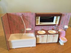 VINTAGE LUNDBY DOLLHOUSE PINK TILE BATHROOM WITH LIGHTS & EXTRA PANEL!! #Lundby