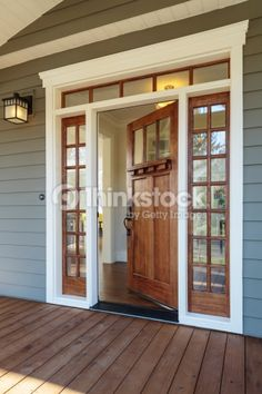 70 Beautiful Farmhouse Front Door Design Ideas And Decor 32 exterior Farmhouse Front, Modern Farmhouse, Craftsman Farmhouse, Craftsman Style Homes, Craftsman Exterior Colors, Exterior Wood Stain Colors, Craftsman Windows, Craftsman Front Doors, Craftsman Decor