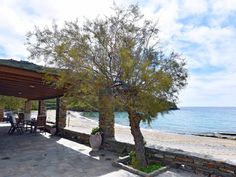 "The ""Stone Beach House"" right on the beach in Kampi, near Koundouros - Kea Front Verandah, Tv Fireplace, Linen Bedroom, Internet Tv, Castle Ruins, Beach Bars, Open Plan Kitchen, Sandy Beaches, Greek Islands"