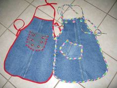 ONE OLD PAIR OF MOMMY JEANS-TO-4 NEW APRONS PART 2 - CLOTHING