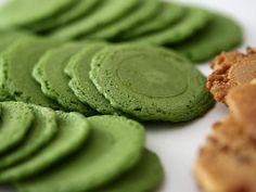 MATCHA GENMAI SENBEI (handmade Japanese crackers) - Japanese Green Tea Hibiki-an