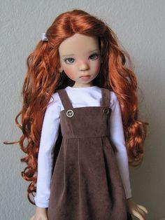 Kaye Wiggs.  looks like my Calliegh