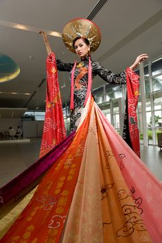 My Gosh!!! Can we make an ao dai like this for your wedding??  This is EPIC!!!