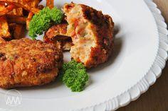 Na přípravu budete potřebovat: 500g kuřecích prsou nebo stehenních plátků cca 8 sušených rajčat naložených v oleji 100g tvrdého sýru ...