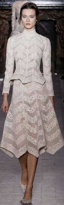 20ce944cf2 Valentino - Haute Couture Spring 2013 Couture Vintage