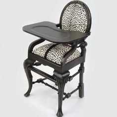 COOLEST HIGHCHAIR EVER! Oval Highchair In Leopard : Jungle Animals Safari at PoshTots