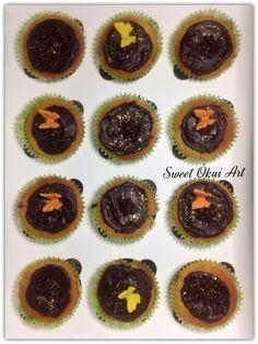 2017.01.06 - Cupcakes vanille, coeur sabayon chocolat et top en ganache de chocolat noire et paillettes d'or