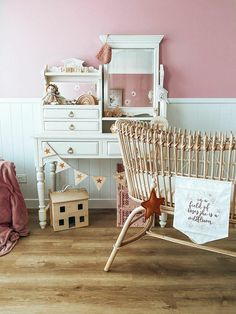 The Dundee baby bassinet is hand made showcasing whimsically rattan encased in a solid rattan frame. Its elegant and classy appearance will suit any new nursery Screws And Bolts, Decorative Bows, Baby Bassinet, Dundee, Foam Mattress, Baby Size, Rattan, Cosy, Cribs