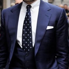 A great personality needs a great #bespokesuit  Have a good day! http://ift.tt/2rCF0B7