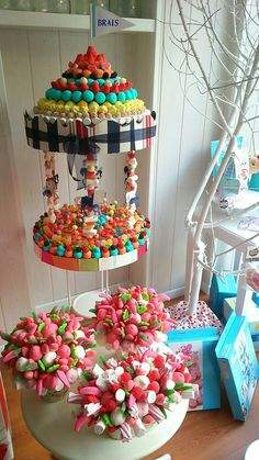 Chuches Candy Birthday Cakes, Candy Cakes, Carousel Cake, Rainbow Food, Candy Bouquet, Candy Party, Marshmallow, Celebrations, Cupcakes