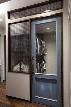 Glass-paned door to access below the loft Interior Architecture, Interior And Exterior, Door Design, House Design, Home Furniture, Furniture Design, Aesthetic Space, House Stairs, Closet Designs