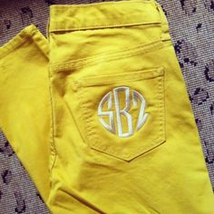 Action item: Find plain pocket colored jeans and monogram it! Embroidery Monogram, Embroidery Ideas, Machine Embroidery, Custom Embroidery, Confessions Of A Shopaholic, Monogram Gifts, Preppy Monogram, Down South, Classy And Fabulous