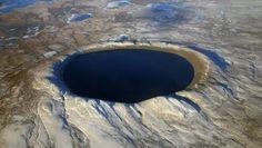 """Cientistas afirmam: """"Pode haver uma Terra dentro da Terra"""""""