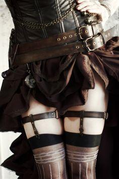 steampunkopath: Steampunk Girls http://steampunkopath.tumblr.com/