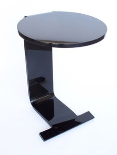 SKYWAY SOFA TABLE Materials: Acrylic Dimensions: 15W X 17D X 20H Options:  Custom