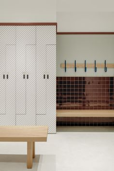 VSHD Design creates geometric Warehouse Gym in Dubai shopping mall Dubai Shopping Malls, Warehouse Gym, Locker Designs, Bar Designs, Brutalist Design, Gym Interior, Interior Shop, Gym Lockers, Restroom Design