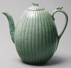 Korean pottery art Melon-shaped wine ewer, Goryeo dynasty (918–1392), 12th century  Korea  Stoneware with carved and incised decoration of bamboo under celadon glaze