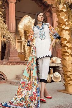 This season, Ethnic by Outfitters Festive Collection 2018 flutters between traditional fantasy and classicism. You will be maharani in your own when you will go to attend any Eid party wearing any number from this summer lawn collection. Eid Party, Party Wear, Eid Collection, Summer Collection, Buy Dresses Online, Chiffon Dresses, Pakistani Dresses, Shirt Style, Designer Dresses