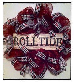 Items similar to Alabama Football Wreath, Roll Tide Wreath, Bama Door Wreath on Etsy Alabama Football Wreath, Alabama Wreaths, Alabama Crafts, Picture Wreath, Sports Wreaths, Selling Handmade Items, Crafty Craft, Crafting, Alabama Crimson Tide
