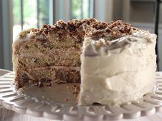 Iced Italian Cream Cake Recipe : Trisha Yearwood : Food Network Just saw this on Trishas' show and it looked soooooo good! Trisha's Southern Kitchen, Italian Cream Cakes, Italian Cake, Italian Men, Italian Cookies, Cake Recipes, Dessert Recipes, Dessert Food, Kolaci I Torte