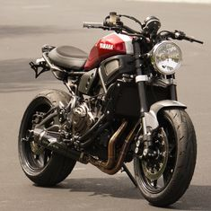 See a number of my most favorite builds - tailor made scrambler builds like this Best Motorbike, Chopper Motorcycle, Moto Bike, Cafe Racer Motorcycle, Mt 07 Yamaha, Yamaha Cafe Racer, Cafe Racer Build, Motos Yamaha, Yamaha Motorcycles