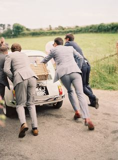 A Relaxed Wedding in the English Countryside