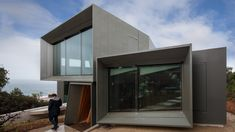 Fairhaven Residence, Great Ocean Road, Victoria, Australia by John Wardle Architects. (2012)