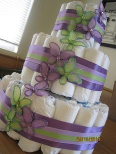 Ideas Baby Girl Shower Themes Purple Butterflies Diaper Cakes For 2019 Butterfly Diaper Cake, Butterfly Baby Shower, Baby Shower Purple, Butterfly Cakes, Baby Shower Crafts, Baby Shower Themes, Shower Gifts, Shower Ideas, Shower Bebe