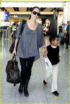 angelina jolie heathrow airport 02