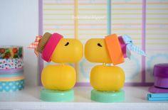 Riciclo creativo: uccellini con le capsule delle sorpresine