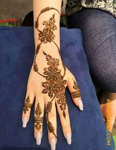 50 Al Ain Mehndi Design (Henna Design) - October 2019 Henna Hand Designs, Henna Tattoo Designs, Mehndi Designs Finger, Floral Henna Designs, Latest Arabic Mehndi Designs, Mehndi Designs For Girls, Mehndi Designs For Beginners, Modern Mehndi Designs, Mehndi Designs For Fingers