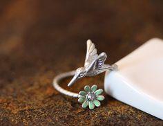 Humming Bird w Flower Ring Women's Girl's Animal por authfashion, $12.50