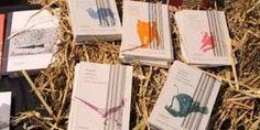 • Giulio Mozzi, La stanza degli animali (ZOO|||scrittori animali) / recensione di Alessandro Bandiera, in «Le parole necessarie»    http://leparole.terre.it/articoli/categoria/0/post/96/la-stanza-degli-animali