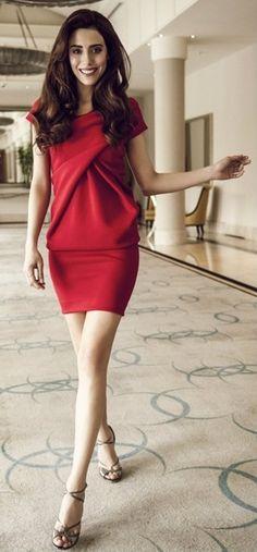 Turkish Actress: Cansu Dere #photoshot