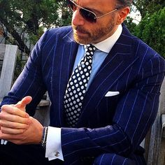 """jamesandjamesclothing: """"traje-y-corbata: """"Polka dots are rapidly becoming my favorite tie pattern. Here's a wonderful example by Mens Fashion Suits, Mens Suits, Blue Pinstripe Suit, Gq Style, Blue Style, Smart Men, Elegant Man, Business Outfit, Well Dressed Men"""