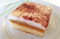 Blechkuchen mit Apfelcreme - Rezept This sheet cake with apple cream is always popular. Apple Cream Recipe, Cream Recipes, Cake Batter Cookies, Cookies And Cream Cake, Cake Vegan, Mini Sandwiches, Baked Chips, Roasted Almonds, Natural Peanut Butter