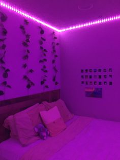 Indie Room Decor, Cute Bedroom Decor, Room Design Bedroom, Teen Room Decor, Stylish Bedroom, Room Ideas Bedroom, Bedroom Inspo, Neon Bedroom, Chill Room