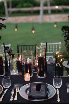 Expensive Wedding Gifts For Groom Wedding Types, Our Wedding Day, October Wedding, Dream Wedding, Black Wedding Themes, Green Wedding Decorations, Black Weddings, Black Wedding Decor, Romantic Weddings