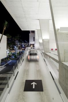 Image 10 of 11 from gallery of 1111 Lincoln Road / Herzog & de Meuron.