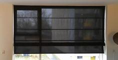 Zwart transparante vouwgordijn | Raamidee.nl Roman Shades, Screens, Ramen, Sweet Home, Windows, Curtains, Projects, Home Decor, Romans