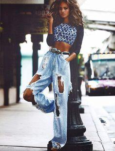 Malaika-Firth-In-Vogue-Paris-April-2014-Issue-Mario-Testino